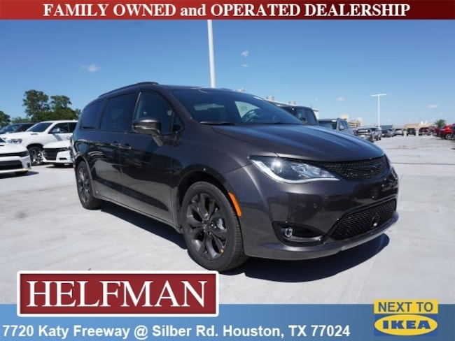 New 2019 Chrysler Pacifica LIMITED Passenger Van for Sale in Houston, TX at Helfman Dodge Chrysler Jeep Ram