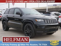 New 2018 Jeep Grand Cherokee ALTITUDE 4X2 Sport Utility 1C4RJEAG7JC513128 for Sale in Houston, TX at Helfman Dodge Chrysler Jeep Ram