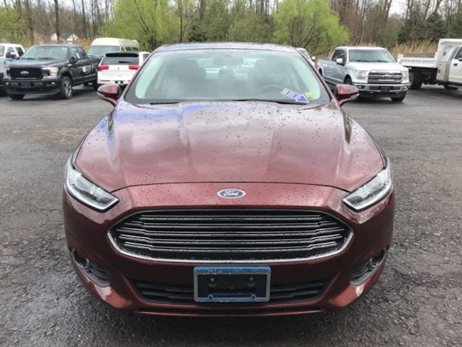 2016 Ford Fusion Energi SE Luxury Sedan