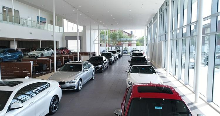 Hendrick BMW Charlotte >> HENDRICK AUTOMOTIVE GROUP OPENS BMW OF SOUTH AUSTIN ...