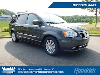 Used 2016 Chrysler Town & Country Touring Minivan PD2245 for sale in Concord, NC