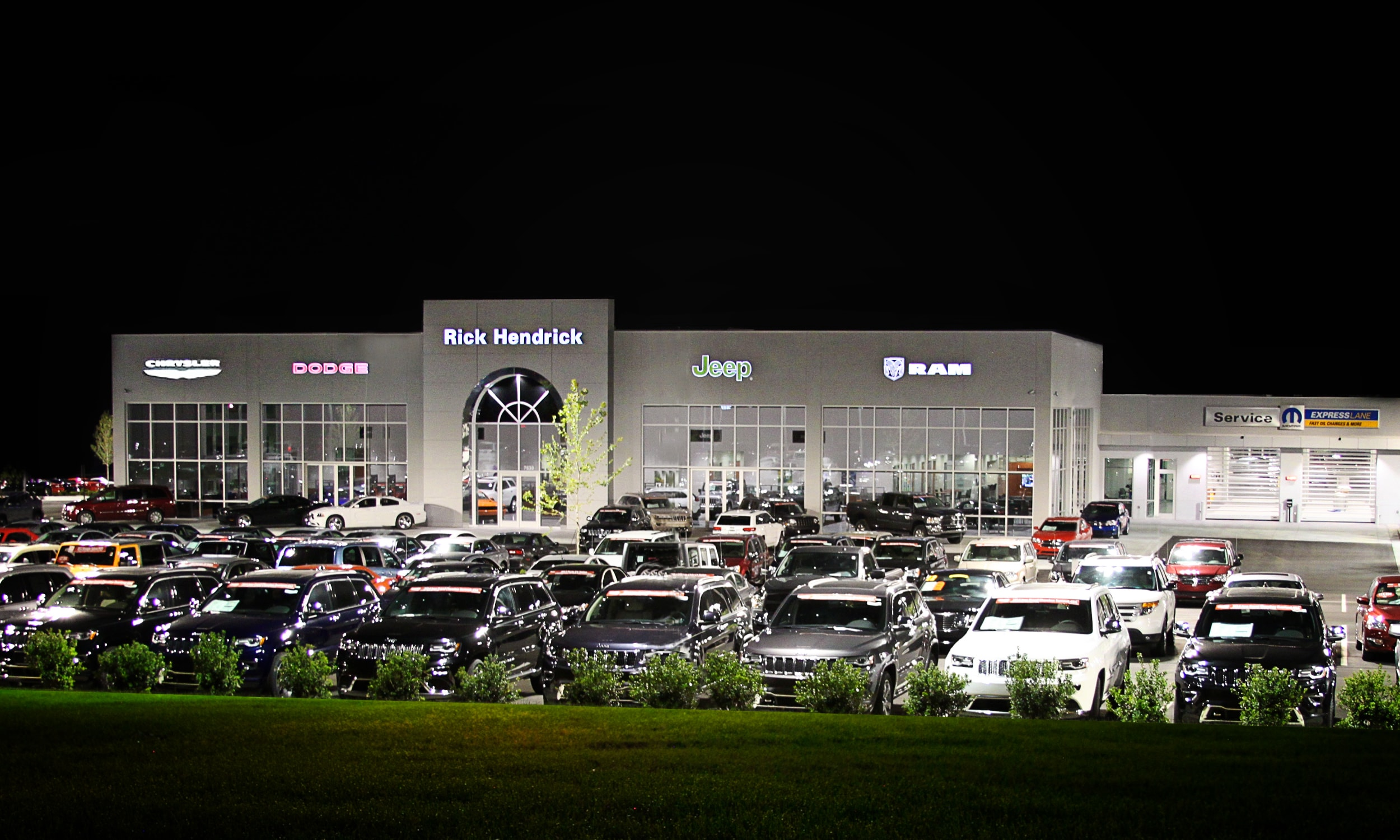 Hendrick Chrysler Dodge Jeep RAM of Concord serving Charlotte