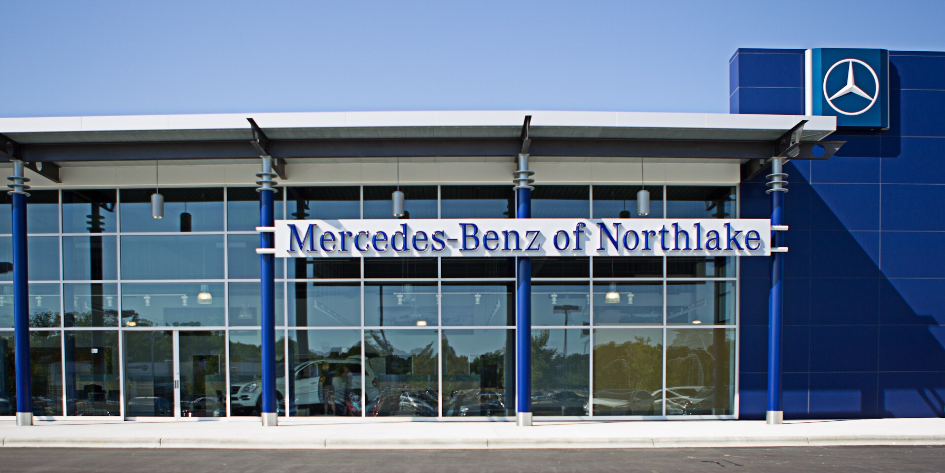 about mercedes benz of northlake new mercedes benz used car dealer in charlotte. Black Bedroom Furniture Sets. Home Design Ideas