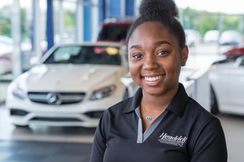 Meet our team at mercedes benz of northlake near south for Mercedes benz product concierge