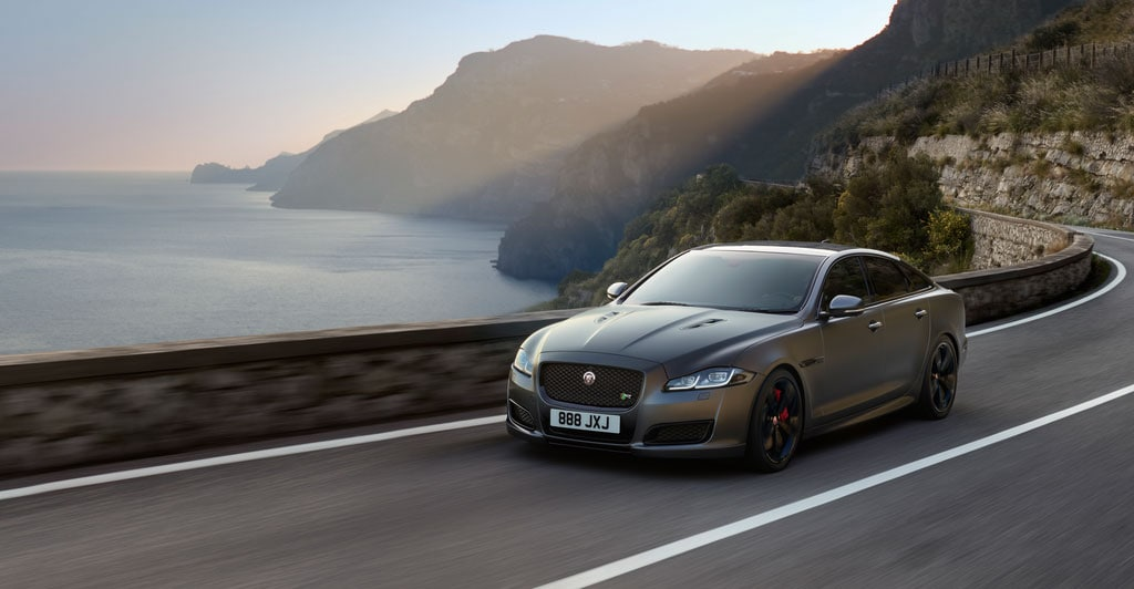 SHOULD YOU BUY OR LEASE YOUR NEXT JAGUAR VEHICLE?