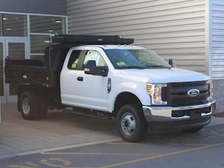2018 Ford F-350 Chassis Extended Cab Chassis-Cab