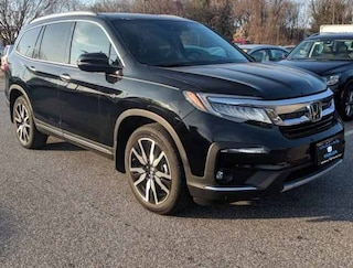 New Honda vehicles 2019 Honda Pilot Elite AWD SUV for sale near you in Boston, MA