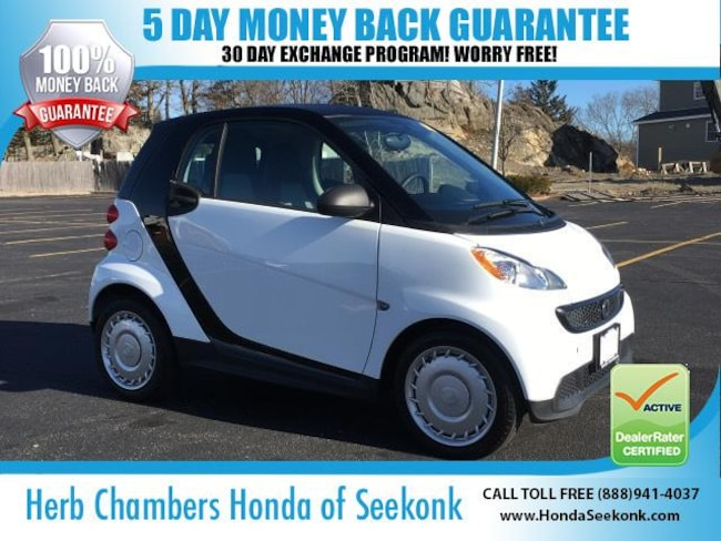 Used 2015 smart fortwo Pure Coupe Seekonk, MA
