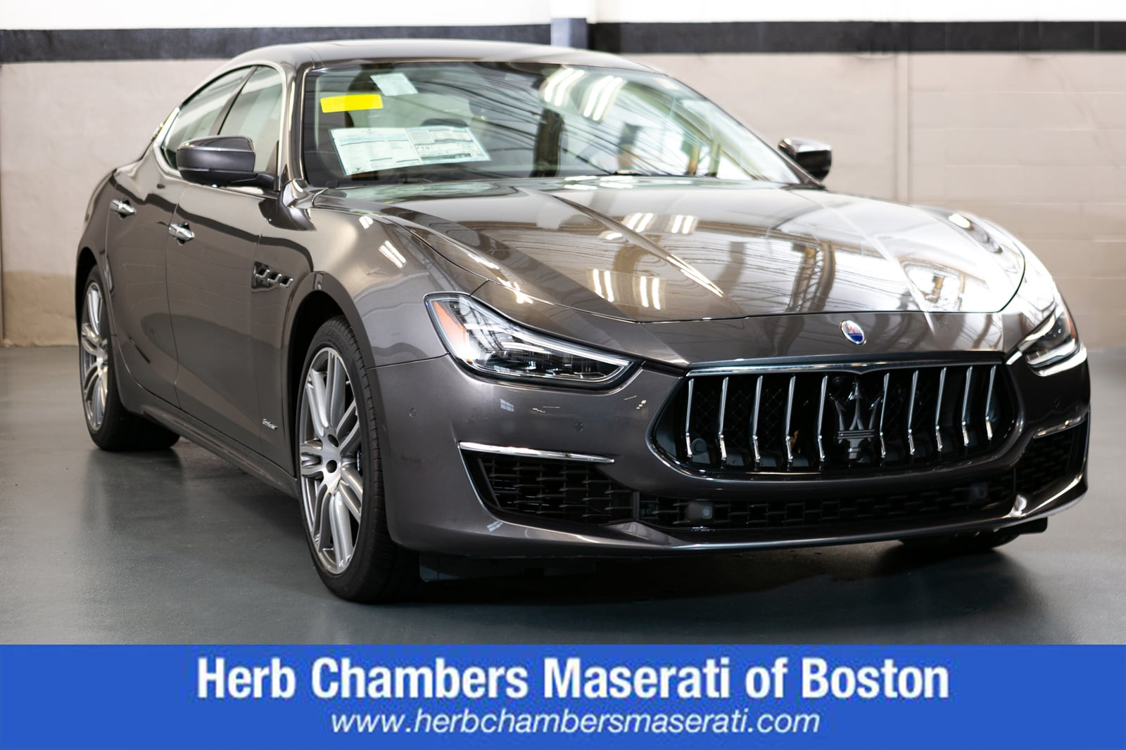 Featured New 2018 Maserati Ghibli S Q4 GranLusso Sedan for sale in Warwick RI