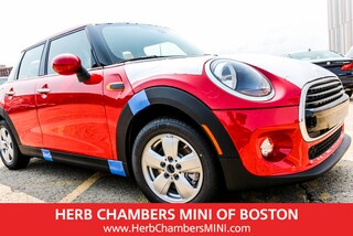 2019 MINI Hardtop 4 Door Cooper Classic Hatchback