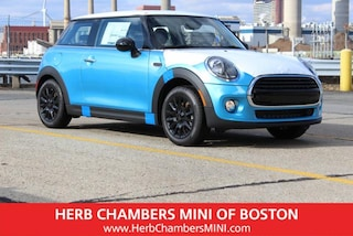 New 2019 MINI Hardtop 2 Door Cooper Signature Hatchback in Boston, MA