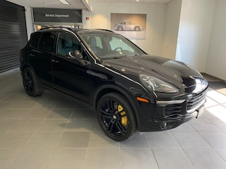 Pre-Owned 2016 Porsche Cayenne V6 SUV near Boston