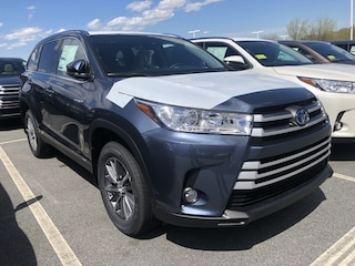 New 2019 Toyota Highlander Hybrid XLE V6 SUV for sale near you in Auburn, MA