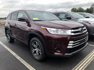 New 2019 Toyota Highlander LE V6 SUV 271975 near Boston, MA