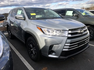New 2019 Toyota Highlander LE V6 SUV for sale near you in Auburn, MA