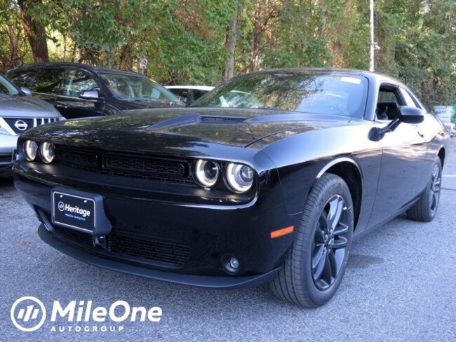 New 2019 Dodge Challenger SXT AWD Coupe Owings Mills