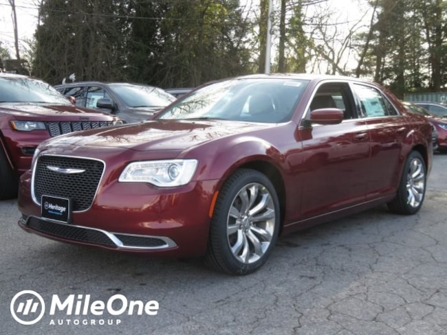 New 2019 Chrysler 300 TOURING L Sedan for sale in Baltimore, MD