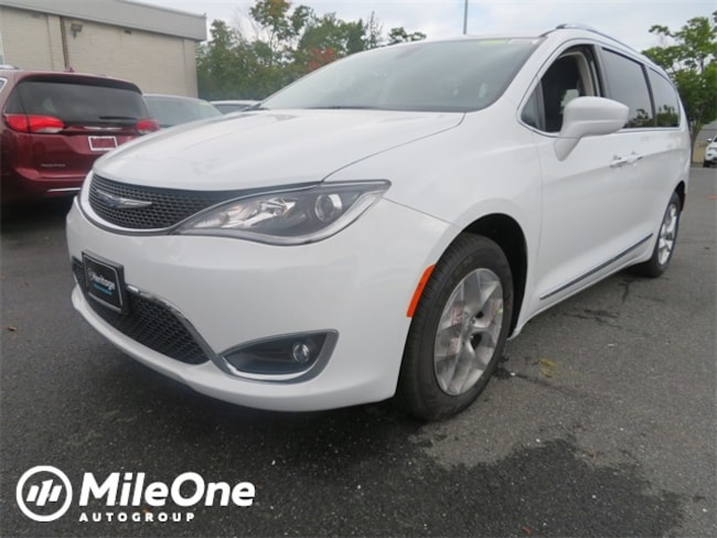 New 2019 Chrysler Pacifica TOURING L Passenger Van for sale in Baltimore, MD