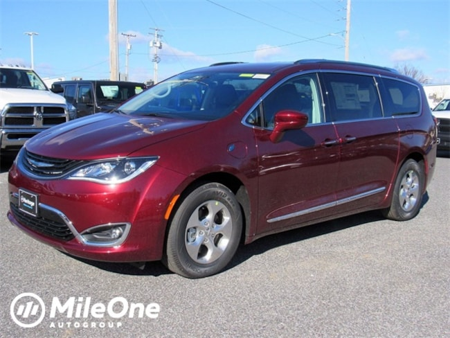 New 2019 Chrysler Pacifica Hybrid TOURING L Passenger Van for sale in Baltimore, MD