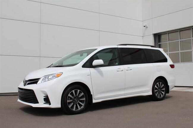 2018 Toyota Sienna LE AWD 7-Passenger V6 Van Passenger Van