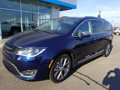 New 2019 Chrysler Pacifica LIMITED Passenger Van 2C4RC1GG2KR523309 for sale in Union City, TN