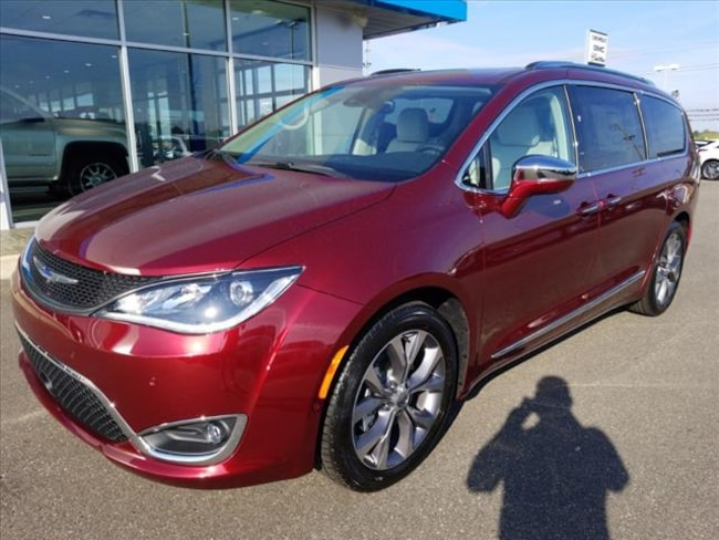New 2019 Chrysler Pacifica LIMITED Passenger Van for sale in Union City, TN