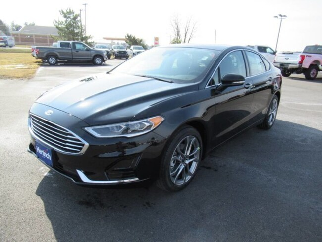 2019 Ford Fusion SEL Technology Package Sedan