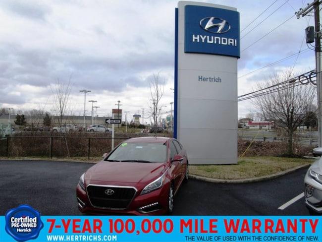 2016 Hyundai Sonata Hybrid SE Sedan