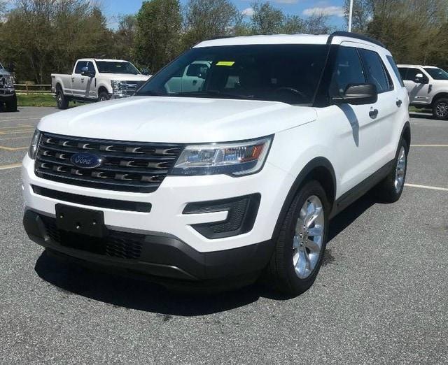 2016 Ford Explorer Base SUV