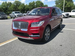 2019 Lincoln Navigator Select