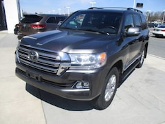 New 2018 Toyota Land Cruiser V8 SUV