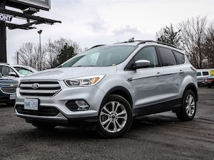 2017 Ford Escape SE AWD  2.0L Ecoboost, Dual Zone Air