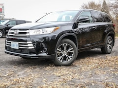2018 Toyota Highlander LE AWD 7 SEATER, 3.5L V6, 8 SPEED SUV