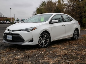 2018 Toyota Corolla LE MOONROOF, CVT Auto, Backup Camera, ALLOY WHEELS