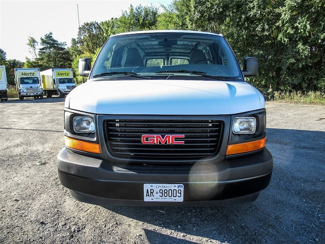 2017 GMC Savana 2500 REG CARGO V8, Air, Power Windows and Locks Cargo