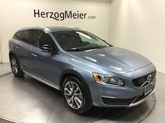 Certified 2018 Volvo V60 Cross Country T5 Wagon for sale in Beaverton, OR