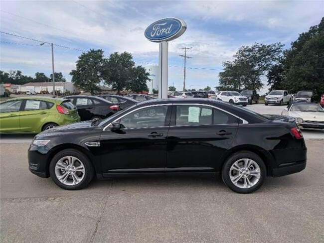 2018 Ford Taurus SEL Front-wheel Drive Sedan