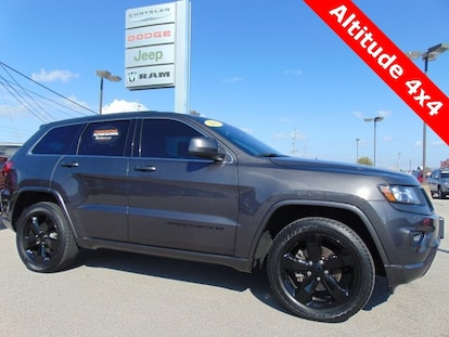 Certified Pre Owned 2015 Jeep Grand Cherokee Laredo 4x4 Bluffton