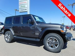 2018 Jeep Wrangler UNLIMITED SAHARA 4X4 Sport Utility for sale near you in Bluffton, IN