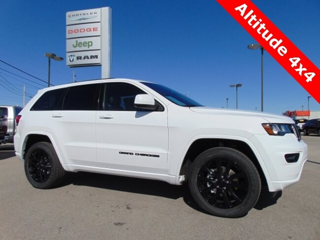 New 2019 Jeep Grand Cherokee ALTITUDE 4X4 Sport Utility in Bluffton, IN
