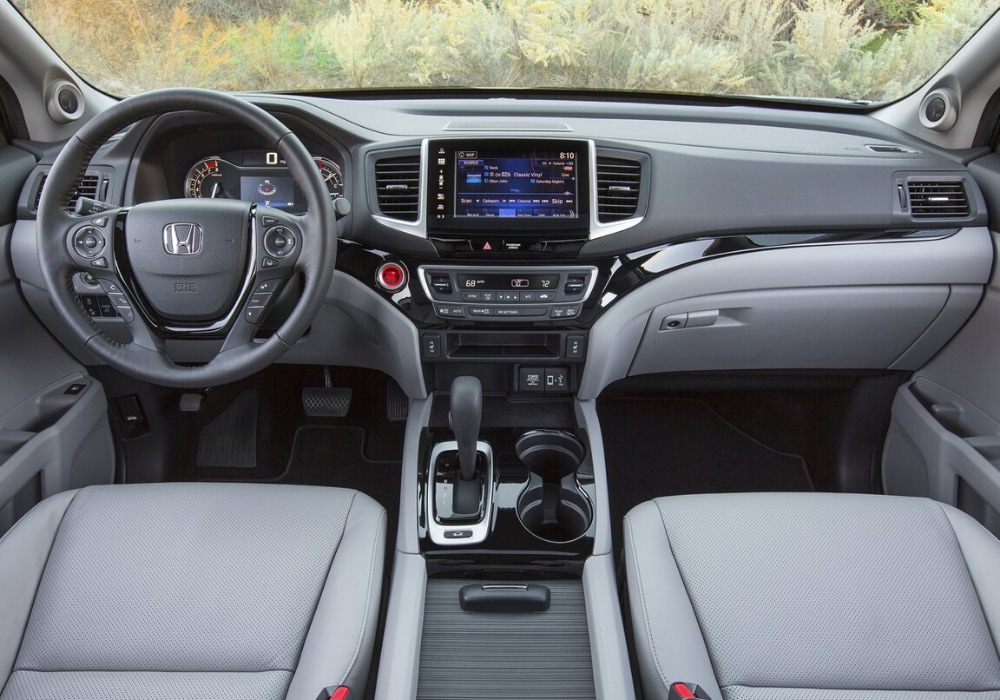 Front interior design inside the 2020 Honda Ridgeline Sport