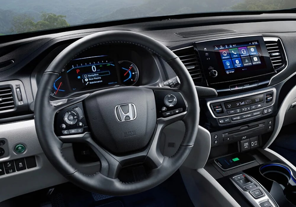 Interior front cabin of the 2020 Honda Pilot