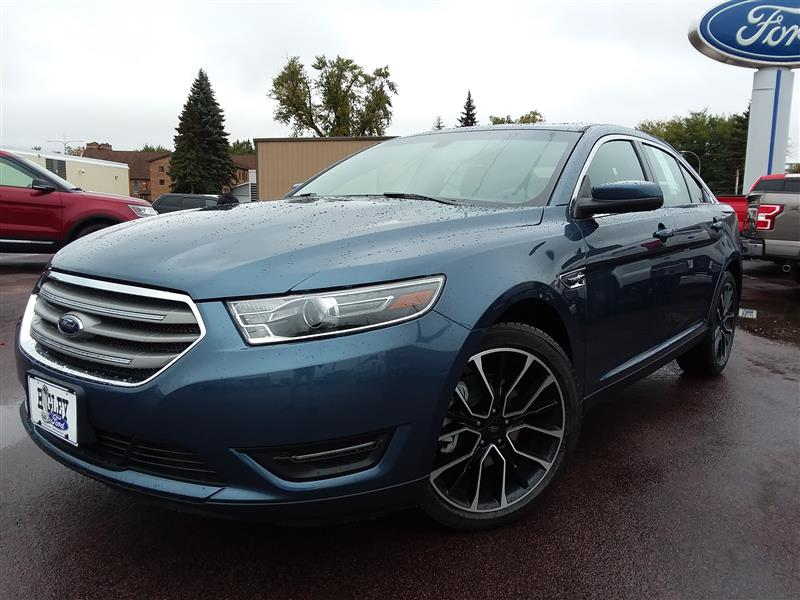 2018 Ford Taurus SEL 4dr Sedan Sedan