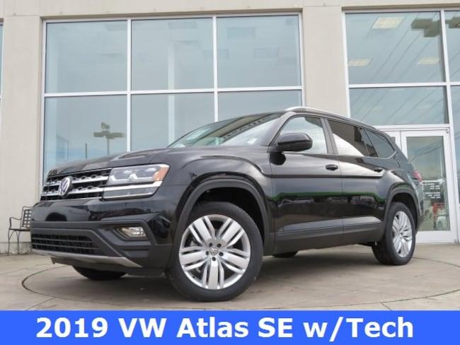 New 2019 Volkswagen Atlas 3.6L V6 SE w/Technology 4MOTION SUV for sale in Huntsville, AL at Hiley Volkswagen of Huntsville