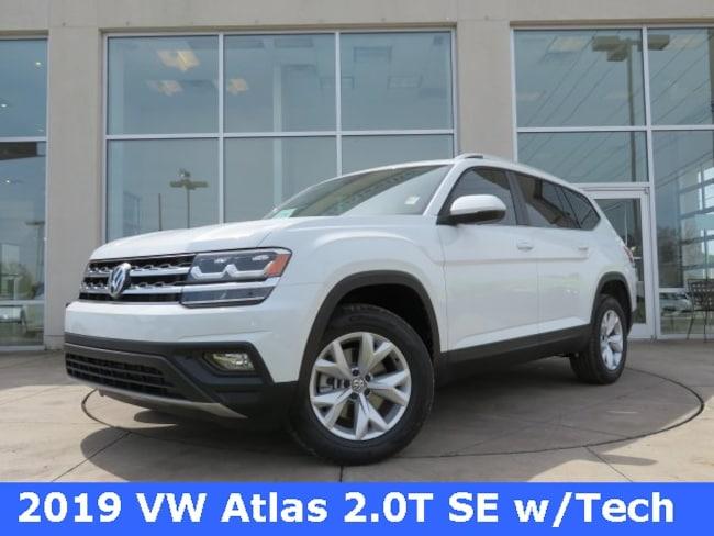 New 2019 Volkswagen Atlas 2.0T SE w/Technology SUV for sale in Huntsville, AL at Hiley Volkswagen of Huntsville
