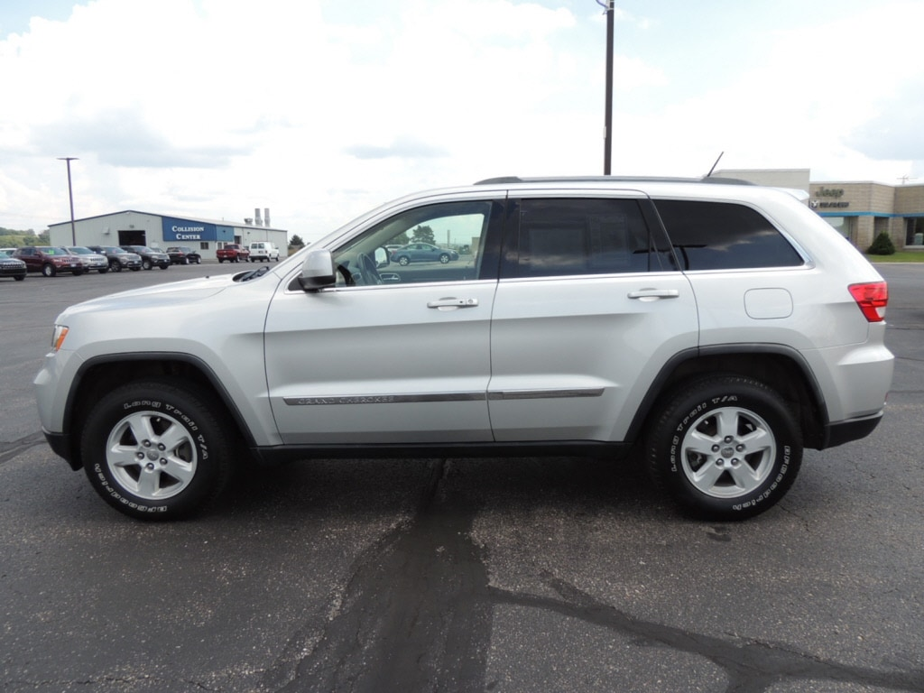 certified pre owned 2011 jeep grand cherokee laredo for sale portage wi vin 1j4rr4gg5bc576119. Black Bedroom Furniture Sets. Home Design Ideas