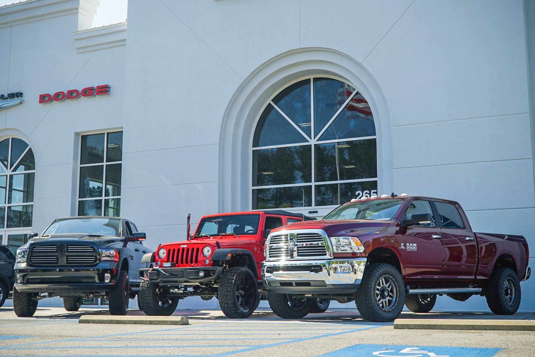 Chrysler Jeep Dodge Ram FIAT Dealer near Me | Peacock ...