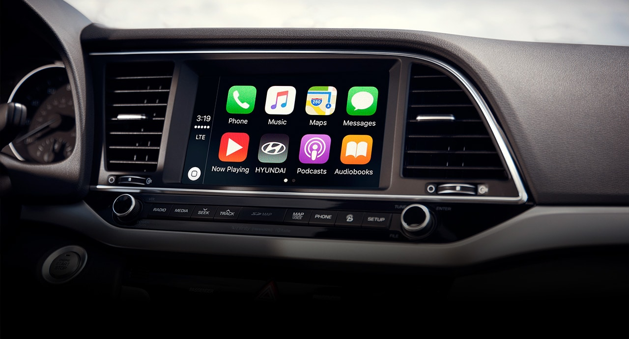 Free Apple CarPlay<sup>®</sup> and Android Auto<sup>™</sup> Software