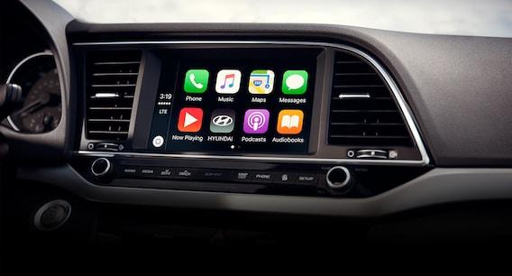 Free Apple CarPlay<sup>®</sup> and Android Auto<sup>™</sup