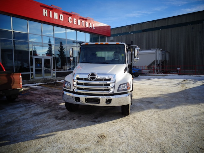 2019 HINO 338/271 A/S 24ft Flat Deck